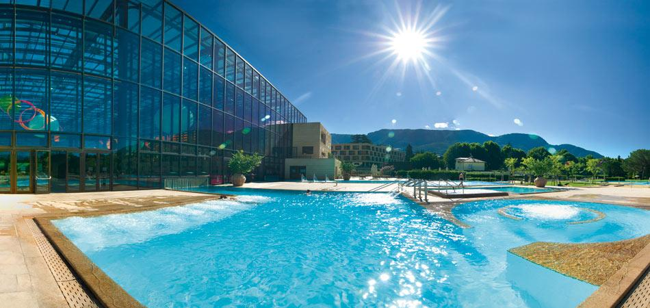 hotels with swimming pools - rico rally