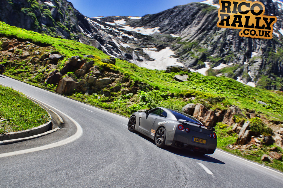 Nissan GTR R35 in the Alps